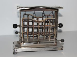 Swing Toaster