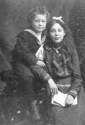 Ruth and Fred Rolley, children of James and Fanny in the early 1900's.